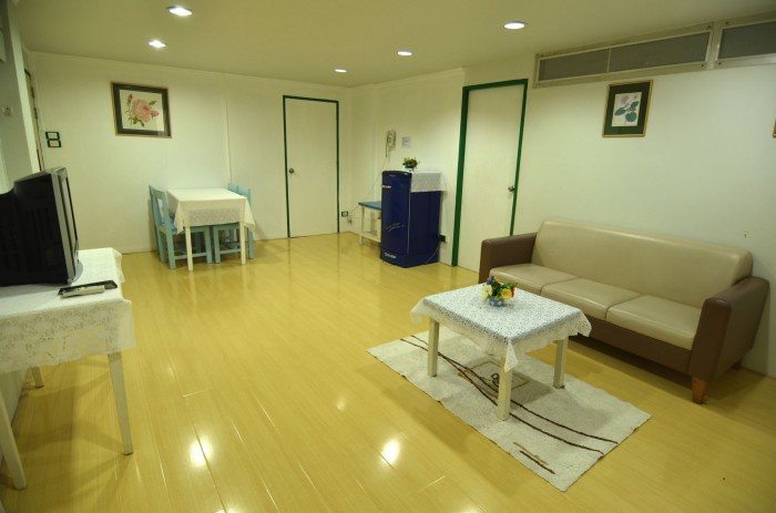 Hotel Room - Suite 2 - Living Room